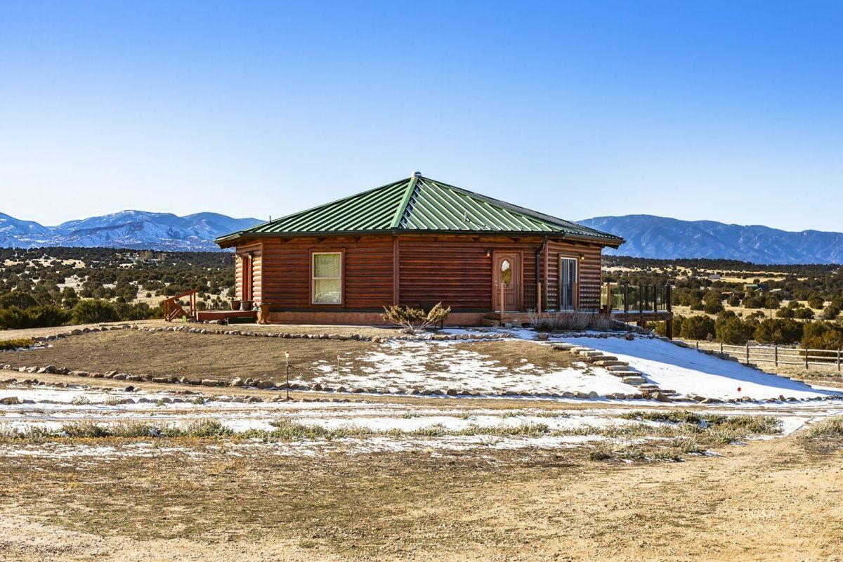 Pueblo Home, CO Real Estate Listing