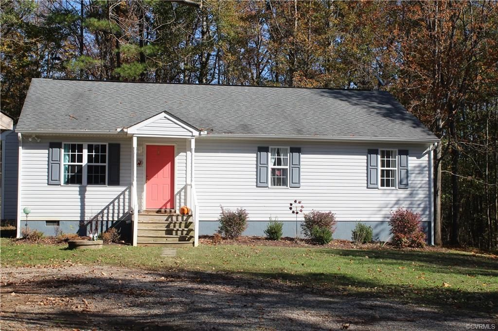 Amelia Courthouse Home, VA Real Estate Listing